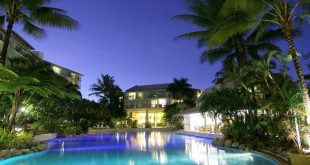 Novotel_Cairns_Oasis_Resort