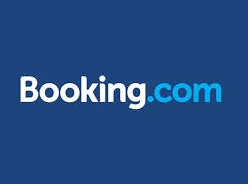 Photo of Booking.com heats up the vacation rental war
