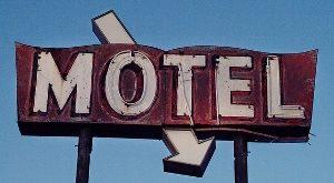 AN64-4-PROP-Motel 300x225