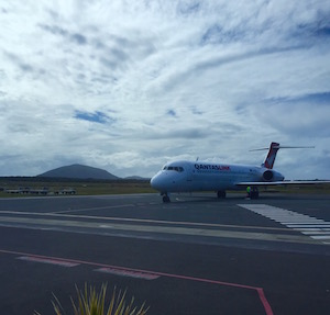 QF 717 arrives at MCY Sunshine Coast Airport 22 July 2015