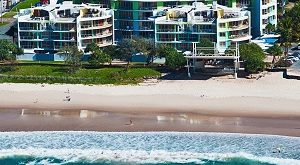 Rolling Surf Resort - Hero Shot