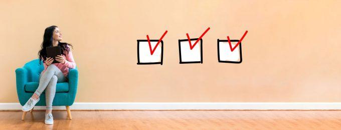 Checklist-AdobeStock_225060605-e1568418196388 What to do in a financial crisis